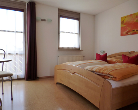 schlafzimmer-bad_02-dz-gr-balkon_p1010204.jpg